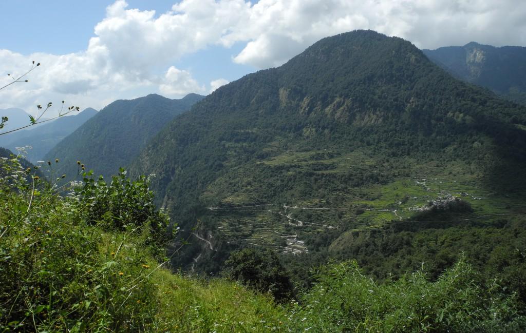 トレッキング初日。登りはじめて二時間ほど(標高約2000m。