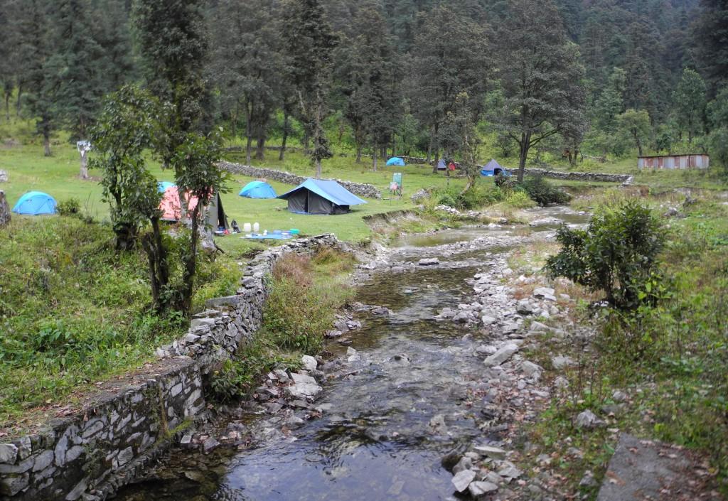 2日目、ドディ湖畔のキャンプ地(標高3310m)