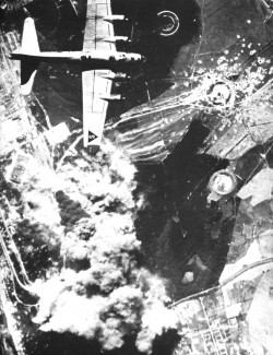 1.2.3 US-bomber-over-Peenemunde